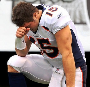 Tim Tebowing